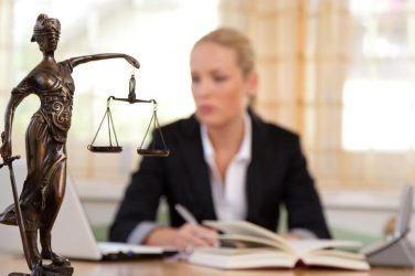 duties of criminal lawyer